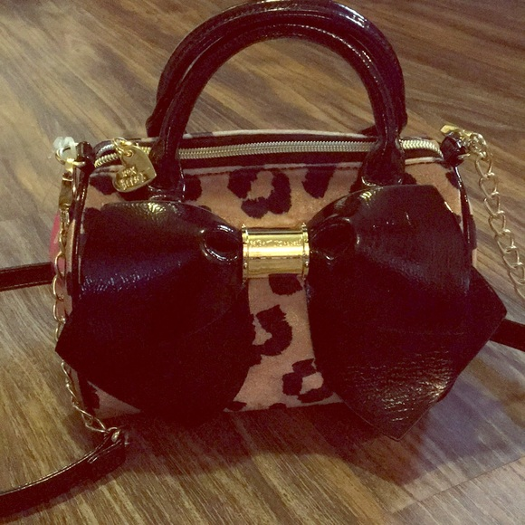 Betsey Johnson Handbags - Betsey Johnson Cheetah Mini Crossbody Purse